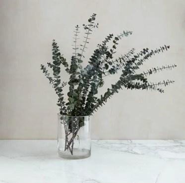 4-at_living_driedflowers-euc