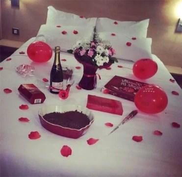 5-cama-con-petalos-de-rosas-3-copia