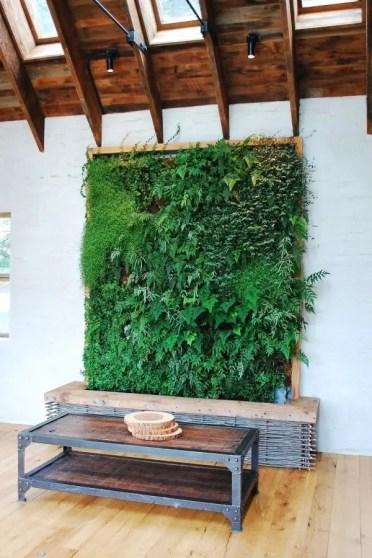 8-vertical-garden