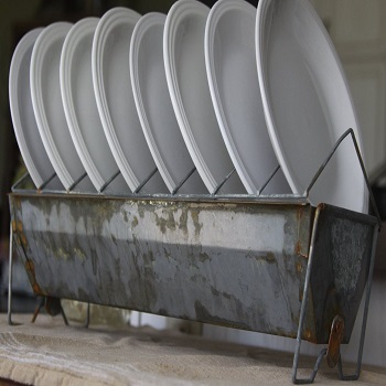 Bird feeder plate rack Uncomplicated Plate Racks Ideas To Stack Your Plates