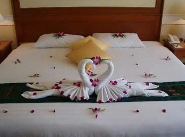 Swan-towels