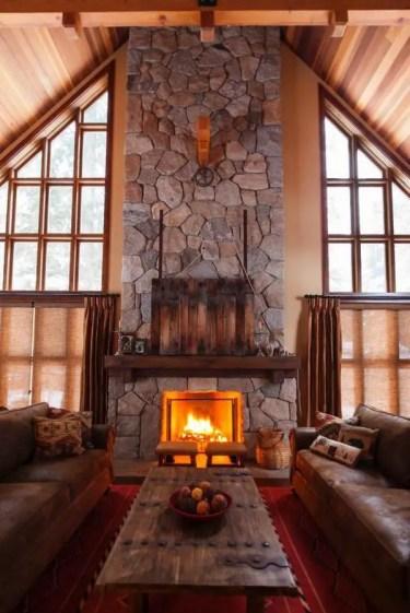 Awesome-stone-fireplace-design-ideas-living-room-rustic-decor-leather-sofa-set