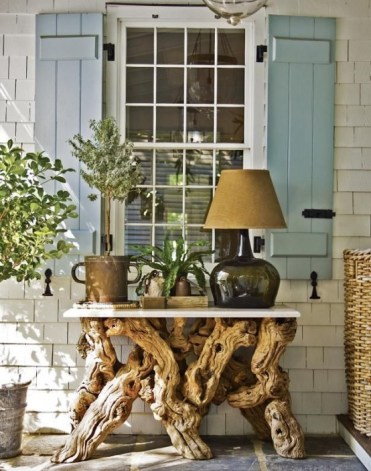 Eco-friendly-driftwood-furniture-ideas-to-try-5-554x704-1