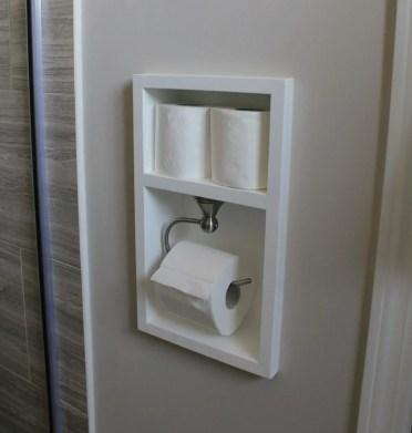 03-built-in-bathroom-shelf-storage-ideas-homebnc