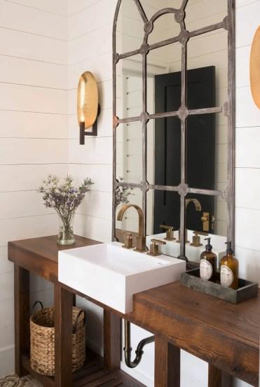 05-farmhouse-mirror-ideas-homebnc