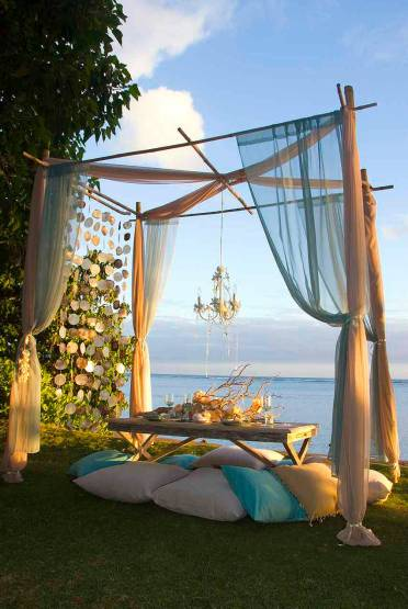 05-outdoor-curtain-ideas-homebnc-1