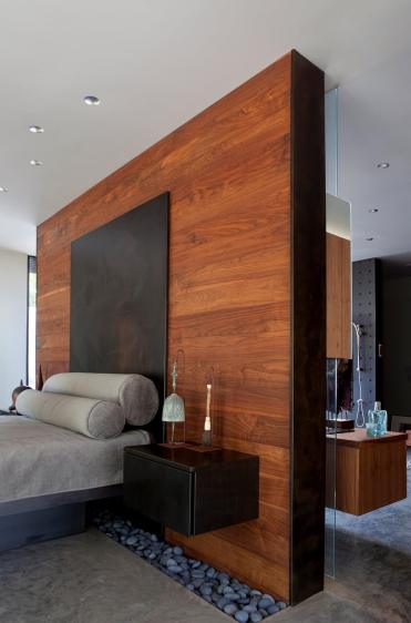 06-wood-walls-homebnc