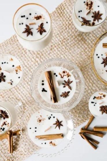 2-diy-eggnog-soy-wax-candles