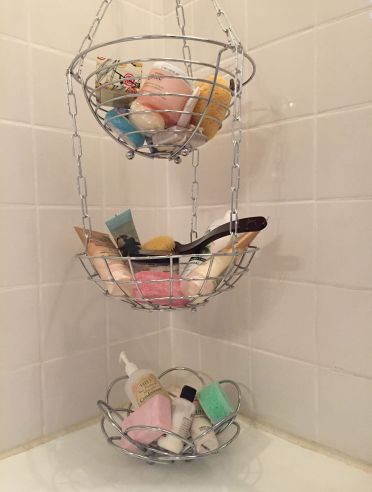 3-13-hanging-bathroom-storage-ideas-homebnc
