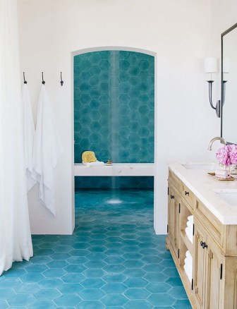 Paradise look bathroom