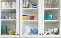 Gallery-1501515909-kitchen-shelves