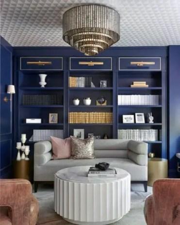 Libreria-da-incasso-blu-soggiorno
