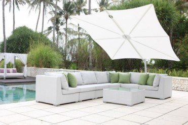 Patio-design-swimming-pool-modern-outdoor-furniture-rectangular-umbrella-1