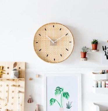 14-diy-wall-clock-ideas-homebnc-1