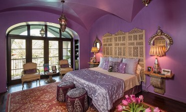 2-purple-is-a-perfect-hue-of-a-moroccan-themed-room-with-a-modern-appeal