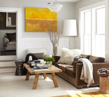 Branches-in-the-glass-vase-add-to-the-chic-rustic-style