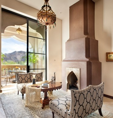 Smart-mediterranean-living-room-with-elegant-moroccan-lighting-and-decor