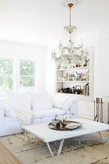 Farm-house-fresh-bronze-and-white-living-room-58de8e52890a84749952081a-w1000-h1000-1547496811