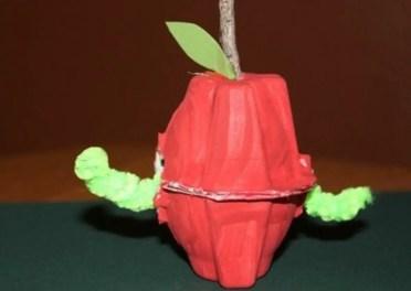 How-to-make-egg-carton-crafts-1