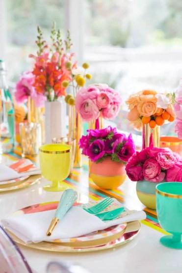 1-21-summer-table-decoration-ideas-homebnc