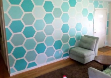 1-paint-a-hexagon-patterned-wall