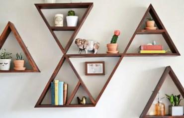 2-triangle-floating-shelves-arrangement-ideas.png-