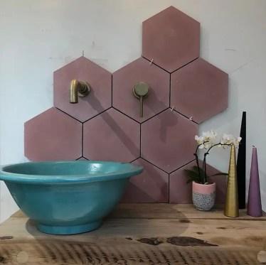 3-hexagon-tiles-bathroom-ideas-16
