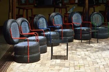 Chair-from-used-tires