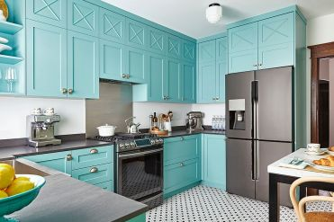 Modern-tropical-style-kitchen-with-cabinets-in-turquoise