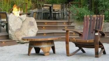 Wine-barrel-furniture-ideas-garden-furniture-upcycling-ideas-diy-outdoor-furniture