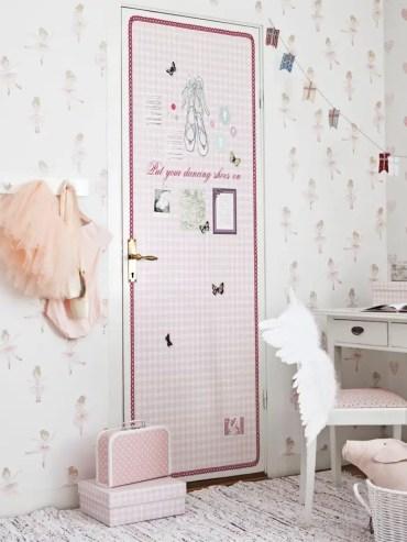 1-door-decoration-ideas-12