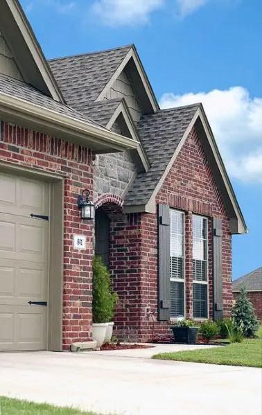 1-home-brick-and-stone-exterior-ideas