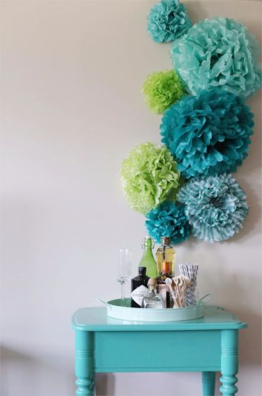 2-diy-tissue-paper-pom-poms-wall-art