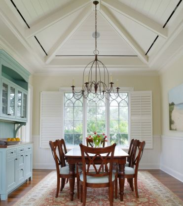 20-fantastic-traditional-dining-room-interiors-that-sparkle-with-elegance-10