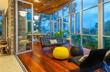 Attraente-pavimenti-e-soffitto-americana-noce-nera-per-la-solarium
