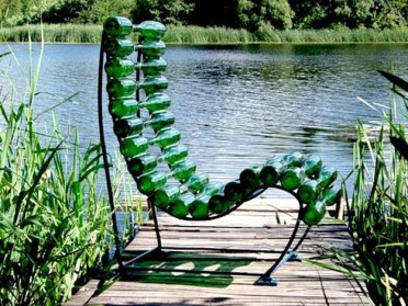 Chair-made-from-wine-bottles