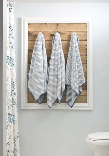 Frame-guest-bathroom-towel-rack