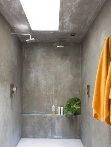 Bathroom-ideas-adjustable-shower-e1557125578644