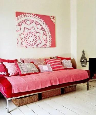 Diy-lace-wall-art-1
