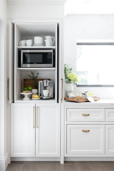 Kitchen-cabinets-with-pocket-doors