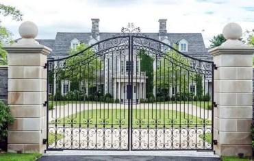 Luxury-estate-iron-driveway-gate-ideas