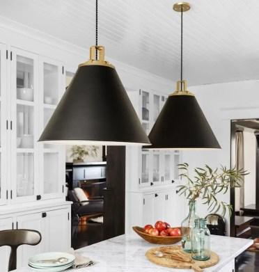 Lampade-pendenti-arredamento-cucina-appendere-nero-bianco-oro-idee
