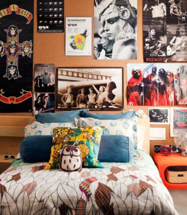 Rock-and-roll-college-poster-decor