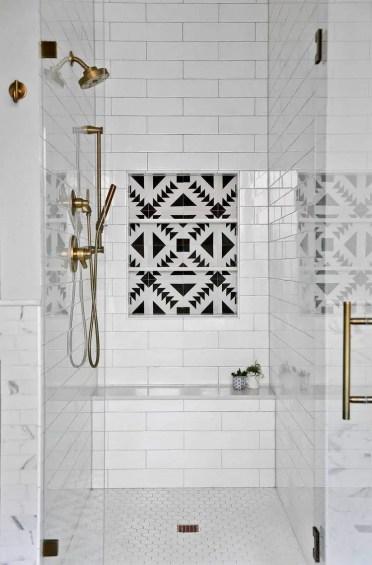 cabina-doccia-in-nicchia-idee-salvaspazio-per-piccoli-bagni