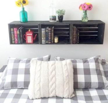 05-diy-floating-shelf-ideas-homebnc