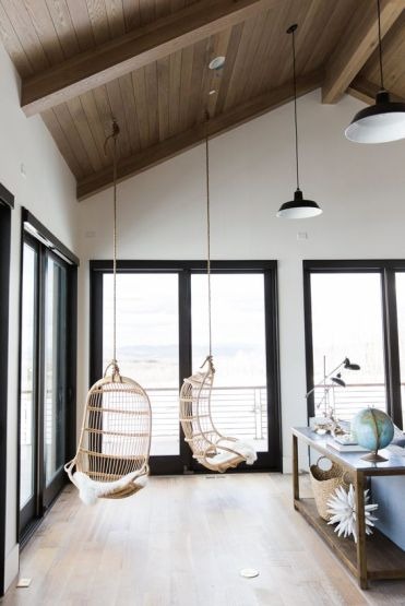 06-add-some-light-hearted-style-to-your-living-room-with-such-wicker-hammock-chairs