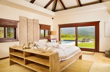1-tropical-meets-asian-in-this-gorgeous-bedroom