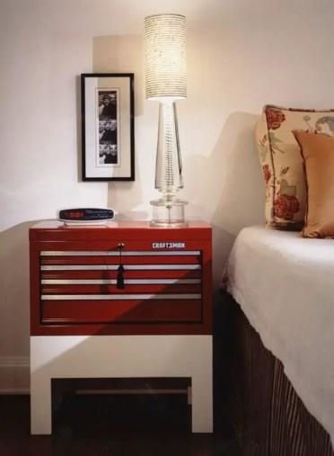1-modern-bedroom-red-white