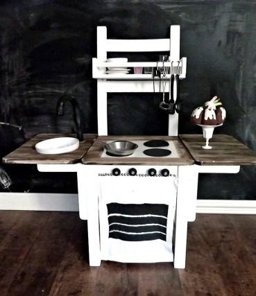 18-repurposed-old-chair-ideas-homebnc