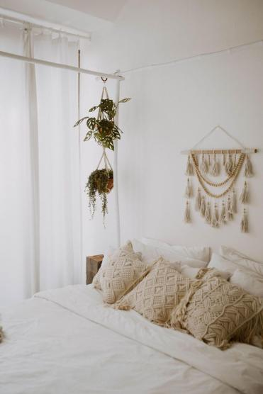 18c-best-bohemian-bedroom-decor-ideas-designs-homebnc-v3